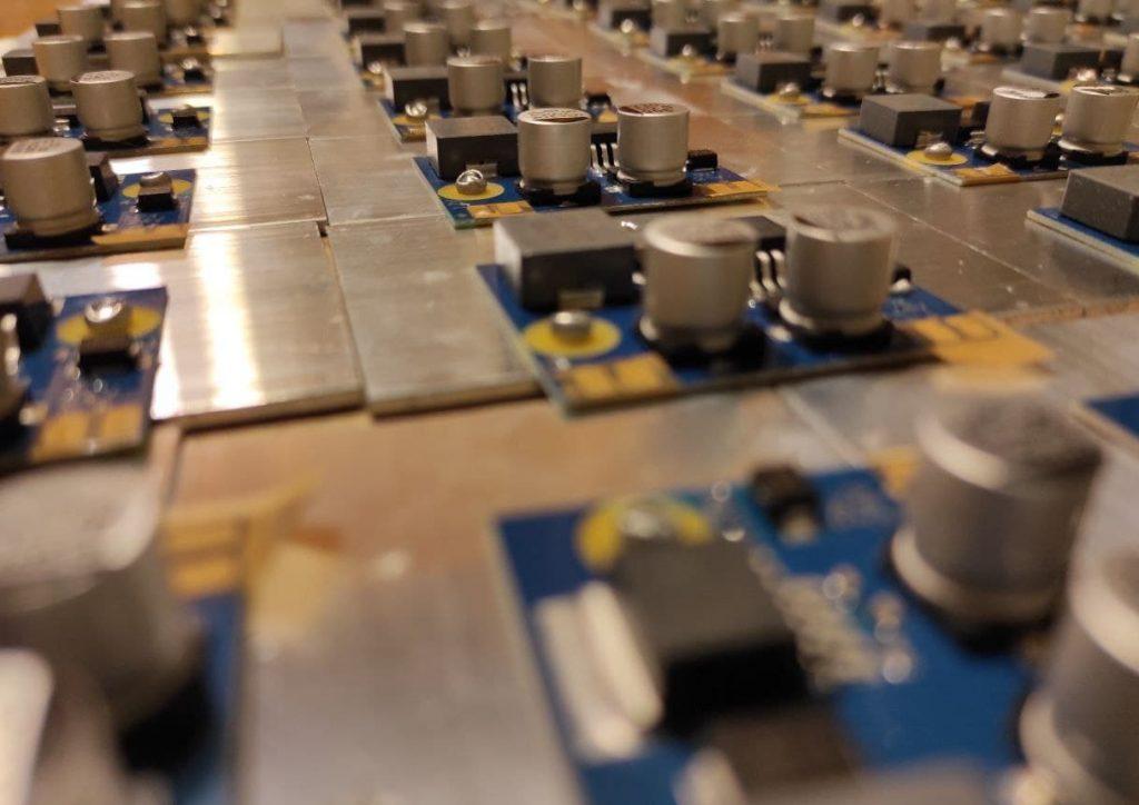 Адаптер 24 на 12 Вольт 5 Ампер, для питания светодиодных знаков.
